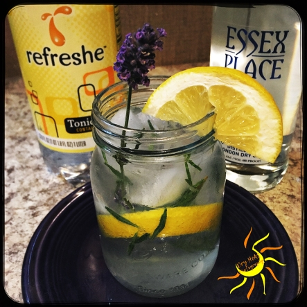 Lemon Lavender Gin and Tonic Summer Cocktail