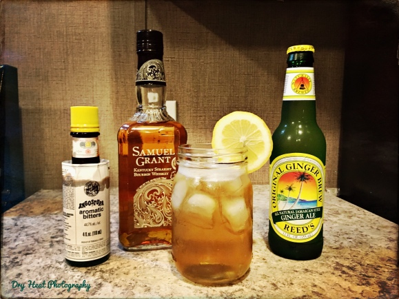 Whiskey Ginger Spritz Autumn Cocktail